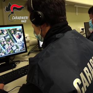 Carabinieri dei NAS durante una verifica online