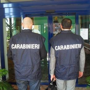 Carabinieri NAS durante un'attività ispettiva