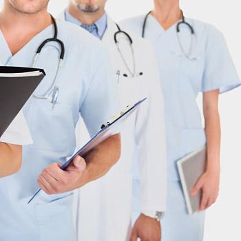 immagine raffigurante operatori sanitari